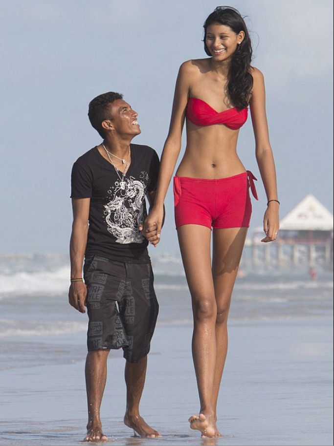 How to Date Taller Women (Without Feeling Insecure)
